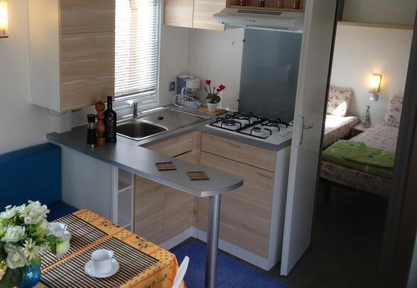 Marino Mobil Homes location, Port Grimaud Prairies de la mer , modèle Exotique 2, le salone